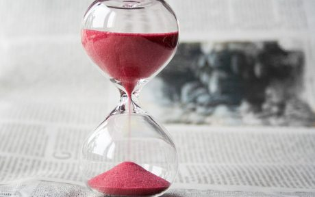 Hourglass Runs Out for Newspaper